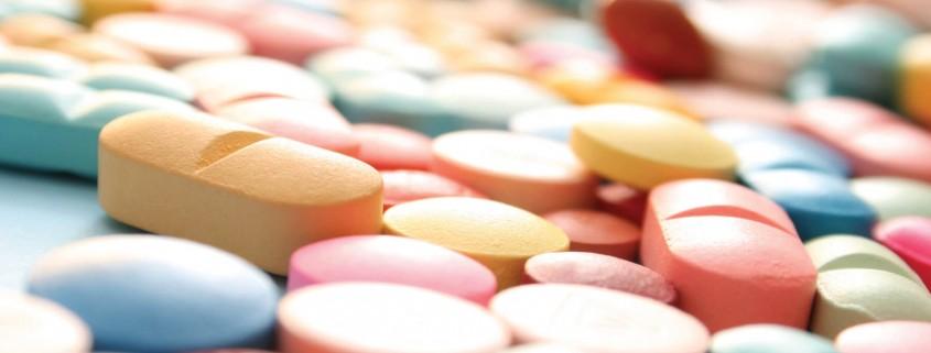 12 бактерий, резистентных ко всем антибиотикам
